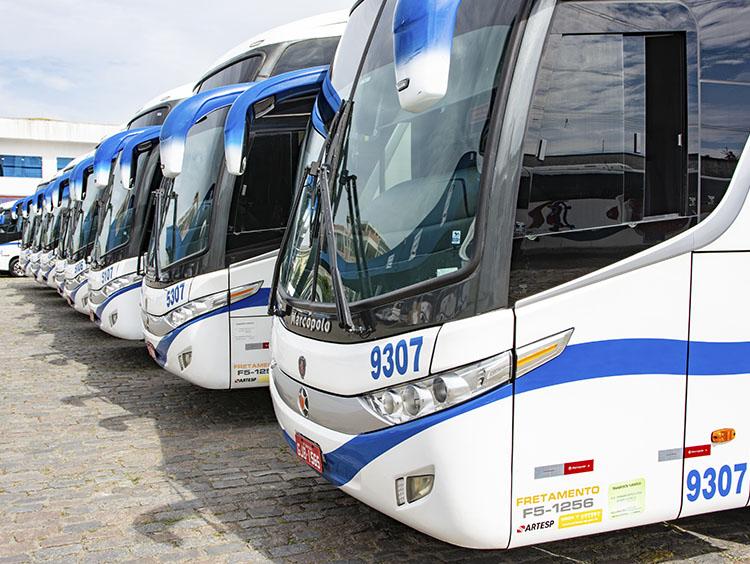 Aluguel de Ônibus em Alphaville - 2